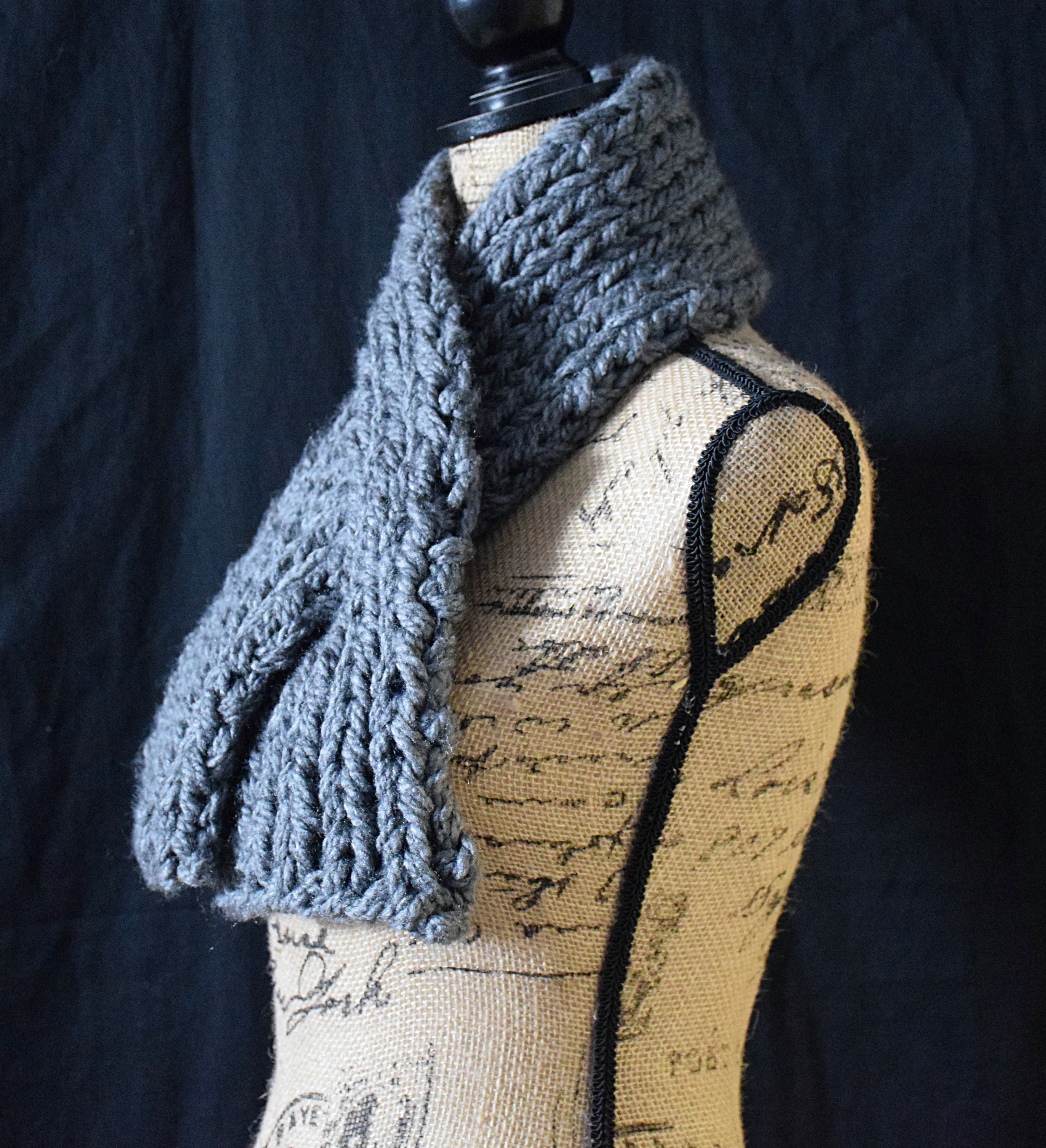 grey chunky knit keyhole scarf overyondershop